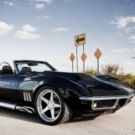 Black Corvette Conv Desktop Wallpaper
