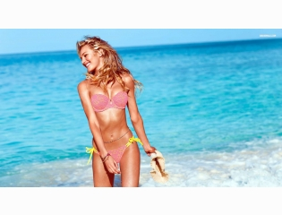 Candice Swanepoel 1 Wallpapers