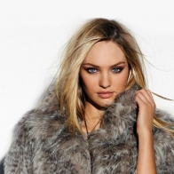 Candice Swanepoel 20 Wallpapers
