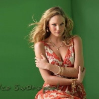 Candice Swanepoel 36 Wallpapers