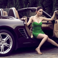 Car Model In Green Dress Wallpaper