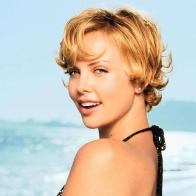 Charlize Theron 01 Wallpapers