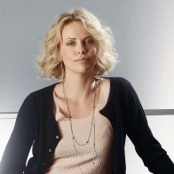 Charlize Theron 21 Wallpapers