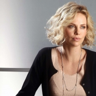 Charlize Theron 22 Wallpapers