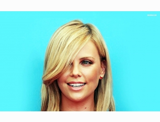 Charlize Theron 5 Wallpapers