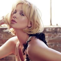 Charlize Theron Nice Wallpaper