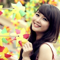 Cute Girl With Smiley Face Wallpapers
