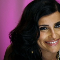 Cute Nelly Furtado Wallpapers