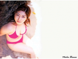 Cute Sexy Actress Model Osawa Maiko 2 Wallpaper