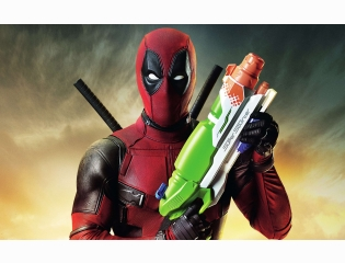 Deadpool Super Squirter