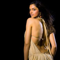 Deepika Padukone Back Wallpapers