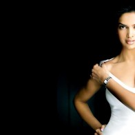 Deepika Padukone Bollywood Babe Wallpapers