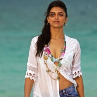 Deepika Padukone In Break Ke Baad Wallpapers