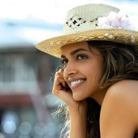 Deepika Padukone In Cocktail Movie Wallpapers