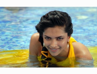 Deepika Padukone In Water