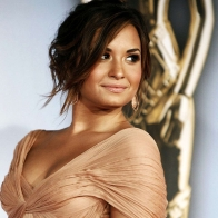 Demi Lovato 10 Wallpapers