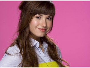 Demi Lovato Beautiful Wallpapers