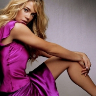 Denise Richards Wallpaper 9