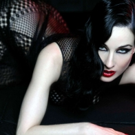 Dita Von Teese 4 Wallpapers