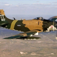 Douglas Skyraider Wallpaper
