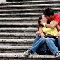 Download Beautiful Couple Kiss Hd Wallpapers