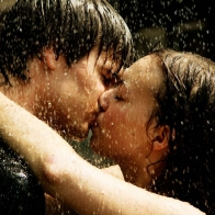 Download Couple Kissing Hd Wallpapers