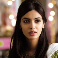 Download Diana Penty Beautiful Hd Wallpapers