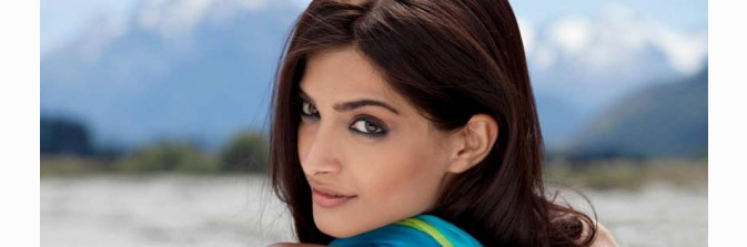 Download Facebook Timeline Cover Sonam Kapoor Free