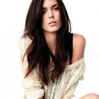 Download Odette Annable Hot Pics