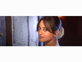 Download Sonakshi Sinha Fb Cover New Hd Walla