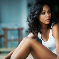 Download Zoe Saldana Hot Hd Wallpapers
