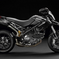 Ducati Hypermotard 796 Wallpapers