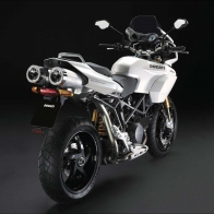 Ducati New Pearl White Livery Wallpapers
