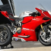 Ducati Panigale Superstock Wallpapers