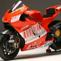 Ducati Sports Bike Wallpapers