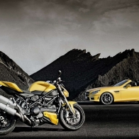 Ducati Street Fighter Mercedes Benz