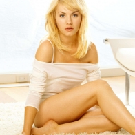 Elisha Cuthbert (10) Hd Wallpapers