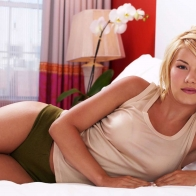 Elisha Cuthbert (15) Hd Wallpapers