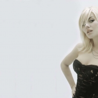 Elisha Cuthbert (7) Hd Wallpapers
