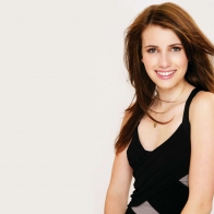 Emma Roberts Hotel For Dogs Shoot