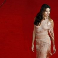 Eva Mendes Red Carpet Wallpaper Wallpapers
