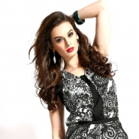 Evelyn Sharma 2