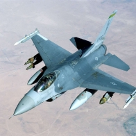 F 16 Falcon Wallpaper
