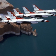 F 16 Thunderbirds Wallpaper