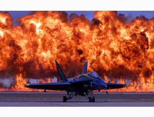 F 18 Blue Angel Wallpaper