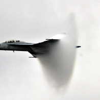 Fa 18f Breaking Soundbarrier Wallpaper