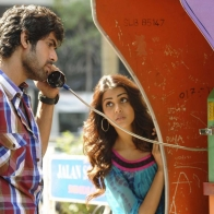 Genelia Dsouza And Rana Daggubati On Telephone Booth In Naa Ishtam