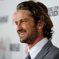 Gerard Butler Long Hair Wallpaper
