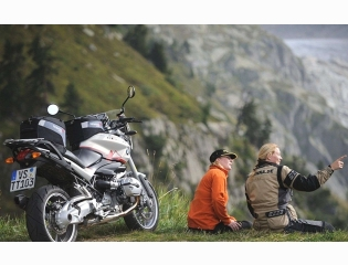 Girls Bmw R1200r Touring Wallpapers