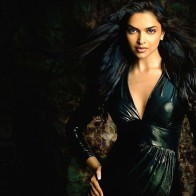 Gorgeous Deepika Wallpaper